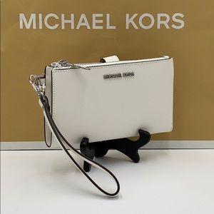 MICHAEL KORS LARGE DOUBLE ZIP WRISTLET OPTIC WHITE